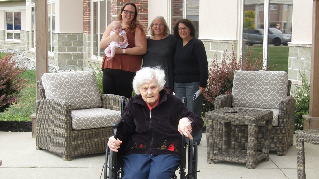 Patricia Joncas signed up her mother Katherine Davis, a resident of Tucker Hall, for the COVID-19 vaccine. Pictured here are Davis in the front, surrounded in the back by Barbara Rennick, Davis's great-great-granddaughter; Tiffini Rennick, great-granddaughter; Nicole Rennick, granddaughter; and Joncas.