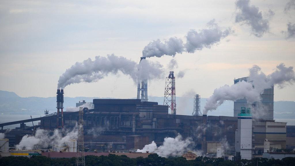 David Suzuki argues this week that reducing air pollution not only assists with climate change, but will have a much more immediate effect on the quality of the air we breathe.