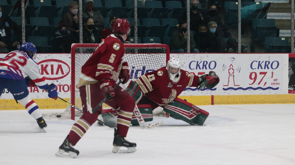 Chad Arsenault has posted a 7-5 record for the Acadie-Bathurst Titan in his first year in the QMJHL.