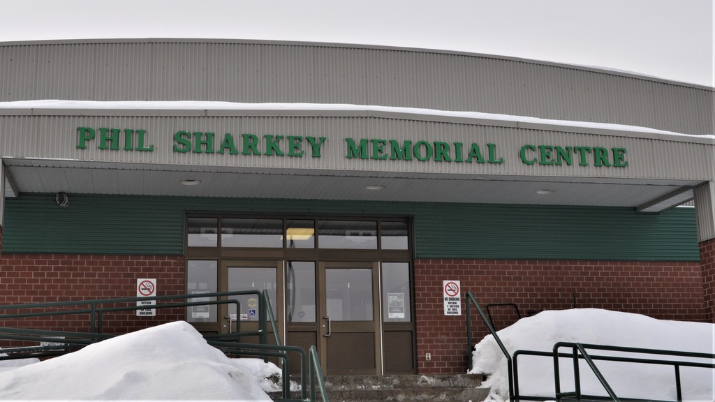 Public skating has been launched at the Phil Sharkey Memorial Centre in Plaster Rock. The maximum capacity on the ice surface is 20 due to COVID-19 regulations.