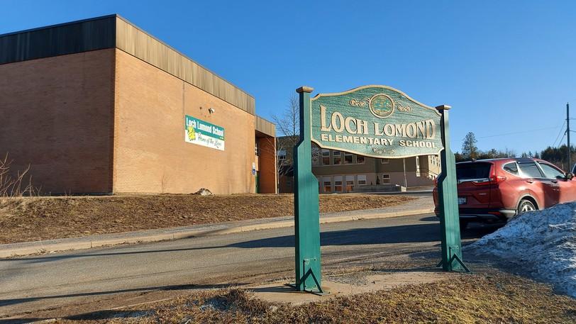 A positive COVID-19 case has shut down Loch Lomond School on Wednesday.