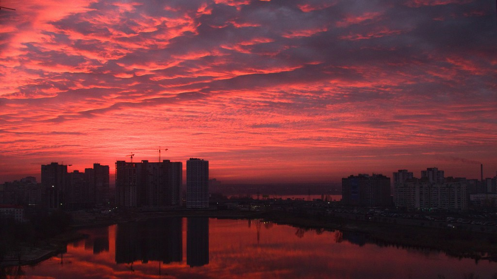 'Red sky at night, sailors' delight/Red sky in morning, sailors take warning' is one of the weather maxims Bill Clarke remembers from his youth - although he doesn't think they always proved accurate.
