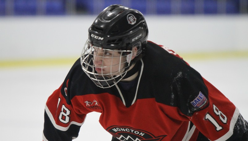 Forward Luke Patterson and the Moncton Flyers defeated the Charlottetown Knights 3-2 in a New Brunswick/P.E.I. Major Under-18 Hockey League game on Saturday.