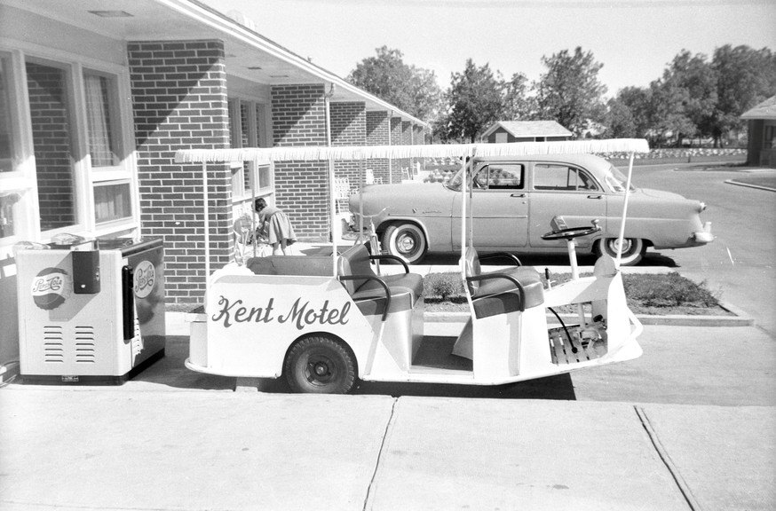 Pictured is asunny day at the Kent Motel on top of Tetagouche Hill in the mid 50s.Lounsbury Automotiveis now located on theproperty.This is an Angus Branch photo found at the Bathurst Heritage Museum.