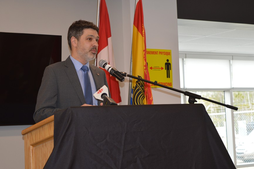 Federal financial support will ensure Air Canada's passenger service to Bathurstwill resume by June 1, pending the approval of Public Health,MP Serge Cormier said during a press conference held at the airport Tuesday afternoon.