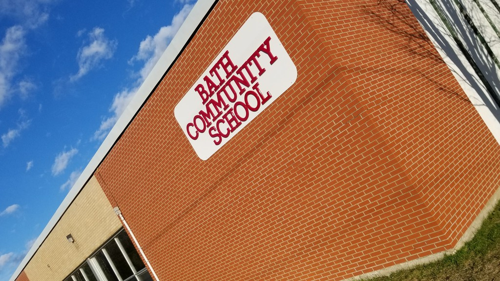 Anglophone West District Education Council agreed with a recommendation that middle school students will remain at Bath Community School until a new school is built in the Carleton North catchment area.