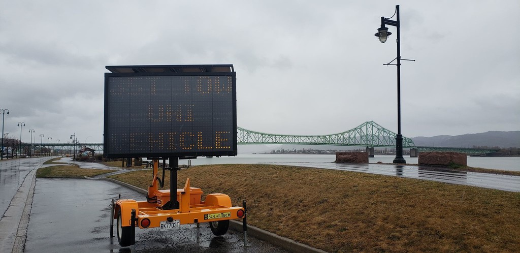 Structural work on the J. C. Van Horne Bridge which connects Campbellton with Quebec will begin in June, said a federal spokesperson. Due to structural issues discovered in 2019, the bridge is under a weight restrictions.
