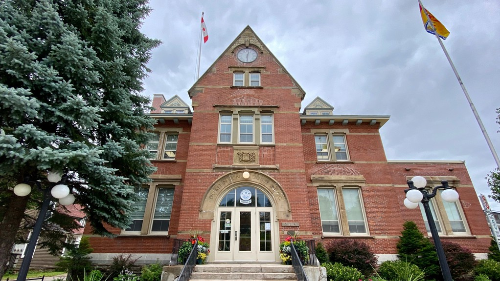 Town councillors approved the hiring of a new treasurer on April 28. Certified public accountant Heather Moffett will take up the position on May 17.
