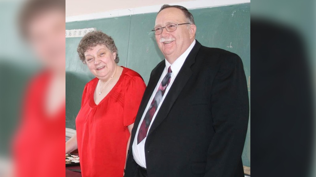 After 31 years, Pauline and David Rouse of Sussex Answering Service will no longer be the helpful voice on the other end when you call 911, as the fire dispatch in the region has moved to a regional centre in Saint John.