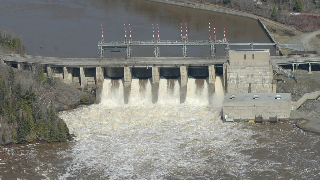 Traffic across the Tobique Narrows dam roadway on Route 105 will be affected by work at the Tobique generating station starting later this month.