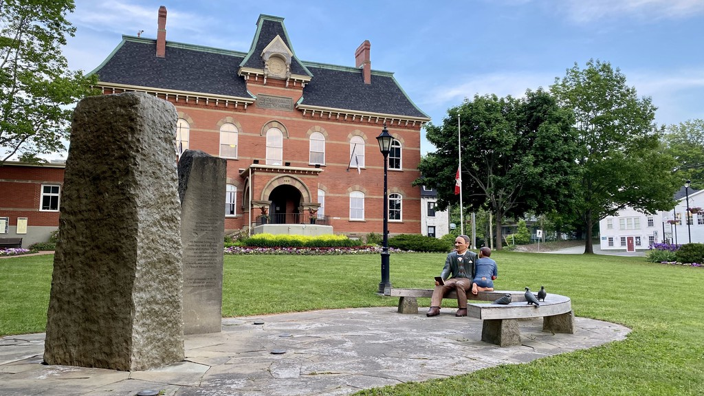 The John Peters Humphrey Foundation has asked the Town of Hampton to break a 99-year lease for a piece of land in front of Town Hall which is home to a memorial to Humphrey.