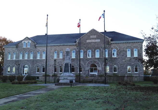 Steven Laurette, 42, of South Tetagouche appeared via video conference at the Court of Queen's Bench in Bathurst Friday for a case management conference for an issue of disclosure. Pictured is the Bathurst courthouse.