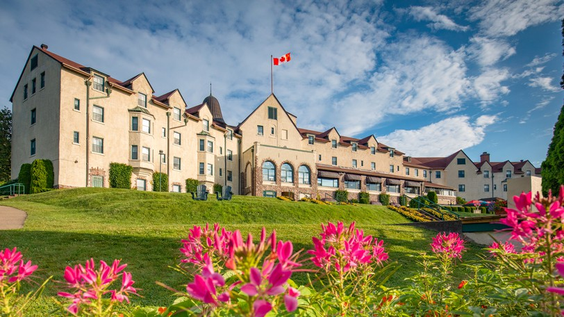The Digby Pines Golf Resort and Spa is looking to expand with waterfront condos on the Bay of Fundy.