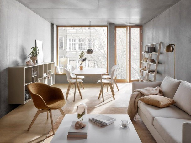 Japandi fuses Scandinavian and Japanese esthetic styles. BoConcept's interpretation of this broad trend relies heavily on creamy and ochre hues.