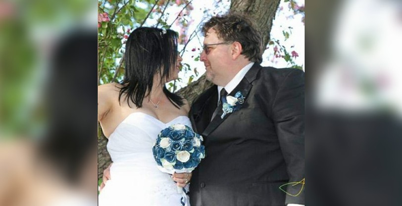 Lise Symes, left said she was shocked when her husband Ben was diagnosed with COVID-19 in January. He died of complications related to the virus on March 11.