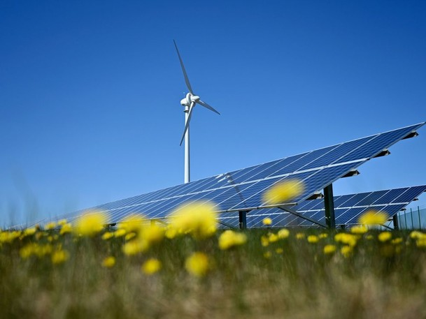 The growing cleantech and renewable energy sector secured $3.09 billion in equity financings in the first six months of the year, a 335 per cent increase over the same period last year.