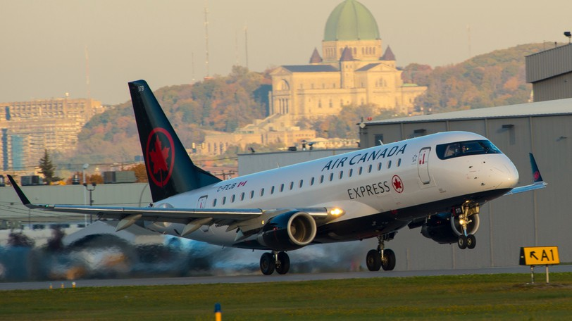 An Air Canada Express E175. The airline announced Wednesday it will require all employees to be fully vaccinated against COVID-19 by Oct. 30.