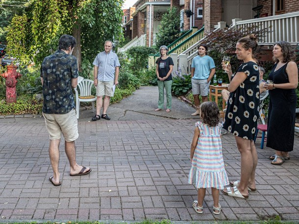 Gregory Saumier-Finch reads an essay by Umberto Eco called How to Speak of Animals to his neighbours in Notre-Dame-de-Grâce on Thursday August 5, 2021.