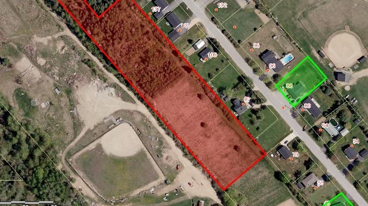 Miramichi city council has approved a development agreement for the numbered company 647963 NB Limited to build rowhouses on an undeveloped lot off Percy Kelly Drive, in the former village of Douglastown.