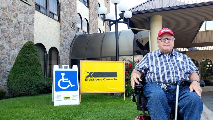 Elections Canada is giving the returning office in the Fredericton Motor Inn a complete accessibility makeover afterresidents with disabilities - including chairperson of the Premier's Council on Disabilities Randy Dickinson - cried foul over long a long corridor, stairs, and bad signageto an elevator to get to the lower level this week.