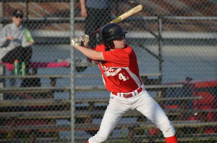 Chatham Molson Junior Ironmen second-baseman and pitcher Gehrig Hale has signed with the University of New Brunswick Reds ahead of the 2021 season.