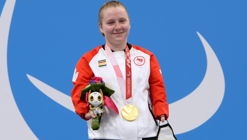 Moncton swimmer Danielle Dorris won gold for Canada in the women's S7 50-metre butterfly in a world record time on Friday at the Paralympic Games in Tokyo, Japan.