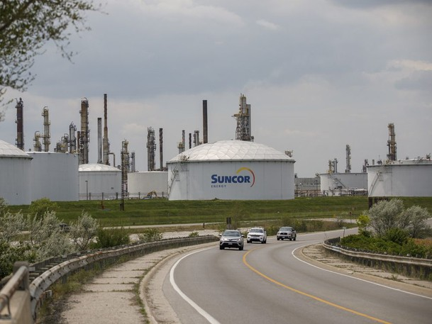 A Suncor Energy Inc. oil refinery in Sarnia, Ont., May 25, 2021.