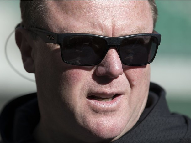 Chris Jones, who spent three seasons as the Saskatchewan Roughriders' head coach, general manager and vice-president of football operations, is returning to the CFL as a member of the Toronto Argonauts' coaching staff.