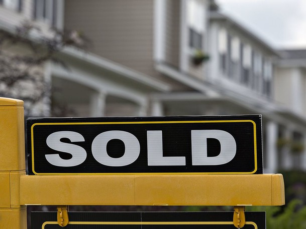 One in three Canadians are looking into alternative ways to finance their dreams of home ownership, according to a survey by RE/MAX.