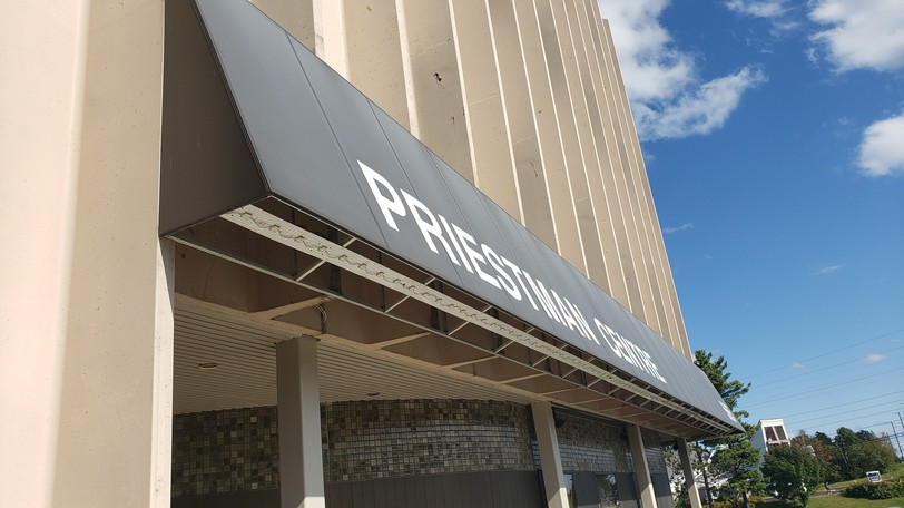 A new emergency room diversion clinic has been set up at the Priestman Centre across Regent Street, a five-minute walk from the Dr. Everett Chalmers Regional Hospital.