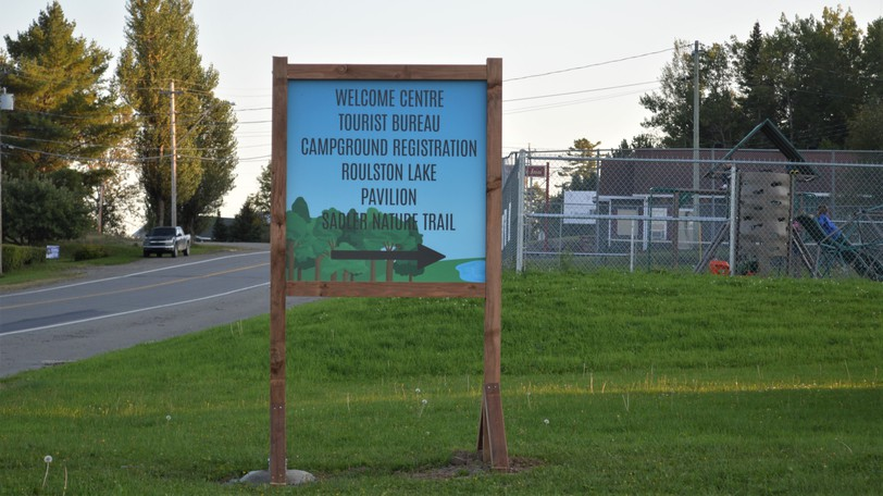 A new sign was recently installed to direct visitors to Roulston Lake, the pavilion and the Sadler Nature Trail at the Plaster Rock Tourist Park.