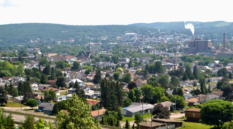 Residents of the Edmundstonarea are keeping a worried eye on the growing number of coronavirus infections throughoutthe province.