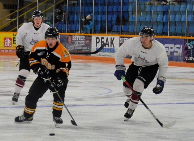 The Miramichi Timberwolves defeated the Campbellton Tigers 7-4 in Maritime Junior Hockey League exhibition play Saturday at Miramichi Civic Centre after losing 4-1 to the Tigers Friday in Campbellton.