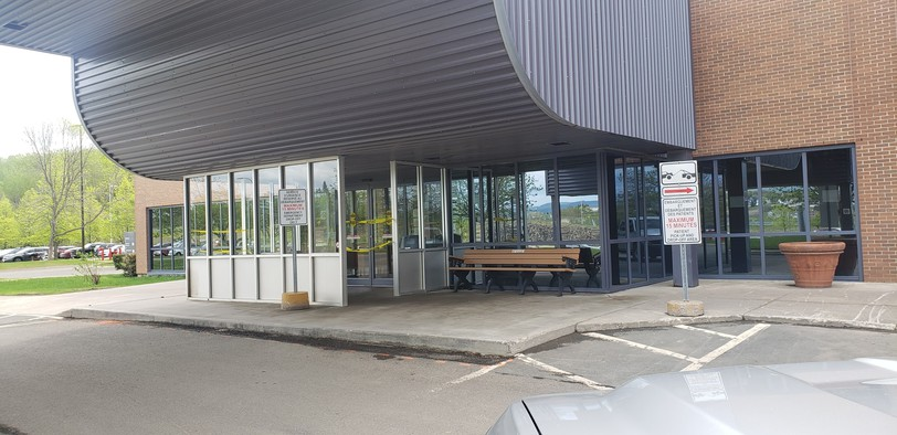 Vitalitie Health Network is asking people to stay away from the emergency department at Campbellton Regional Hospital, pictured, and at the emergency department at the hospital in Edmundston unless their situation is serious. This is to divert staff to COVID-19 patients.