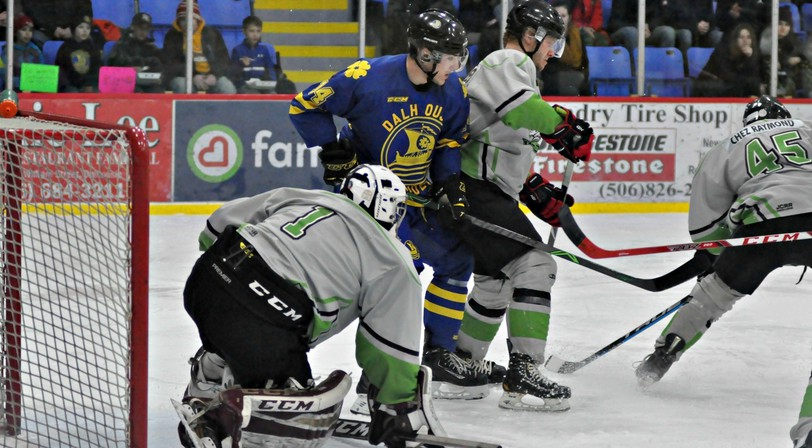Despite the loss of Lee Levesque - shown in action during the 2019-2020 Acadie Chaleur Senior Hockey League season - after his move to Ottawa, Luc Bernard, the head coach of the Dalhousie Marauders, is optimistic about the upcoming season.