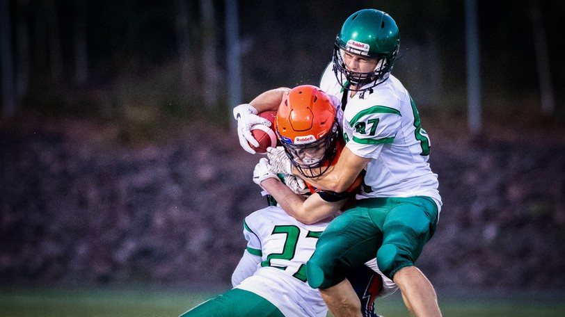 L'Odyssée Olympiens defeated the Bernice MacNaughton Highlanders 38-0 on Sept. 24 and are 3-0 on the season.  L'Odyssée, Harrison Trimble, Bernice MacNaughton and Mathieu-Martin play in the AA division, while Moncton High and Riverview High play in AAA, the top tier.