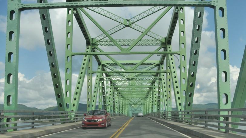 Major infrastructure work on the J.C. Van Horne Interprovincial Bridge between Campbellton to Quebec is supposed to start next week and run through March 2022.