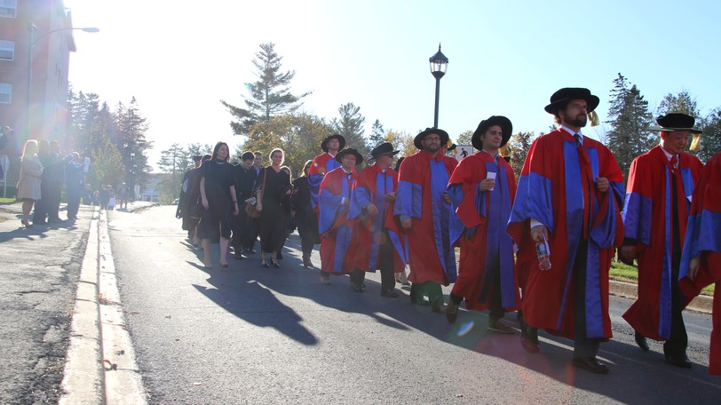 COVID concerns have caused the University of New Brunswick to cancel next week's in-person fall convocation ceremonies for hundreds of graduates at its Fredericton and Saint John campuses.