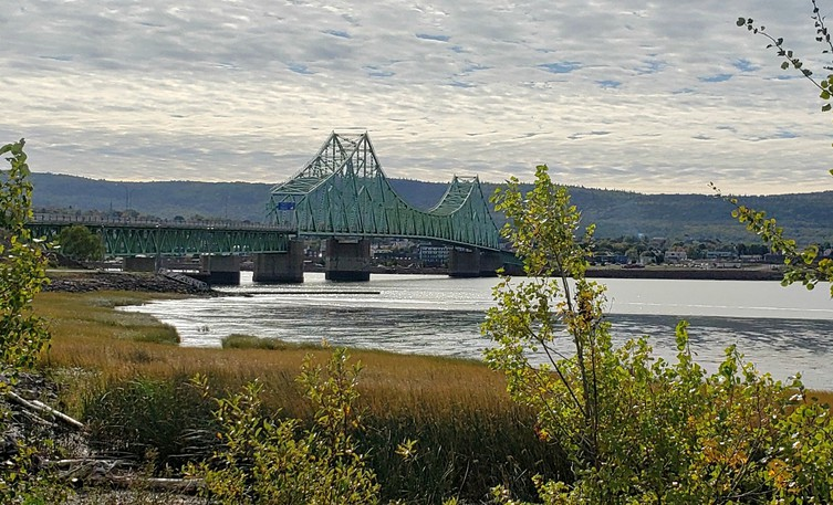 Major infrastructure work on the J.C. Van Horne Interprovincial Bridge linking Campbellton and Quebec will start on Oct. 18 with the entire bridge closed for nearly three days starting Oct. 22.