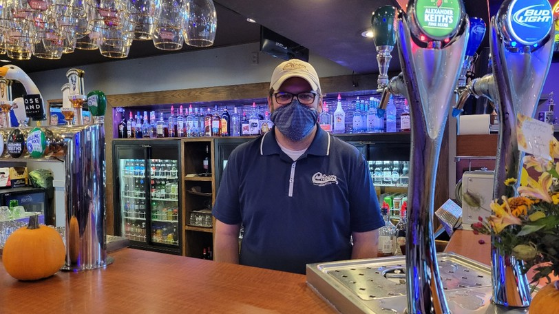 Eric Somers, manager of Cheers Beverage Room & Catering, pictured on Oct. 11, 2021, said many people gathered at the neighbourhood pub for turkey dinner amid public health restrictions allowing people to meet at restaurants.