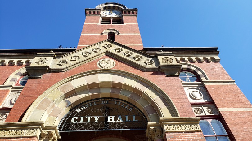 Four Fredericton city councillors say they are leaning towardsupporting a cutin the city's tax rate in light of the big jump in property assessments coming for 2022.
