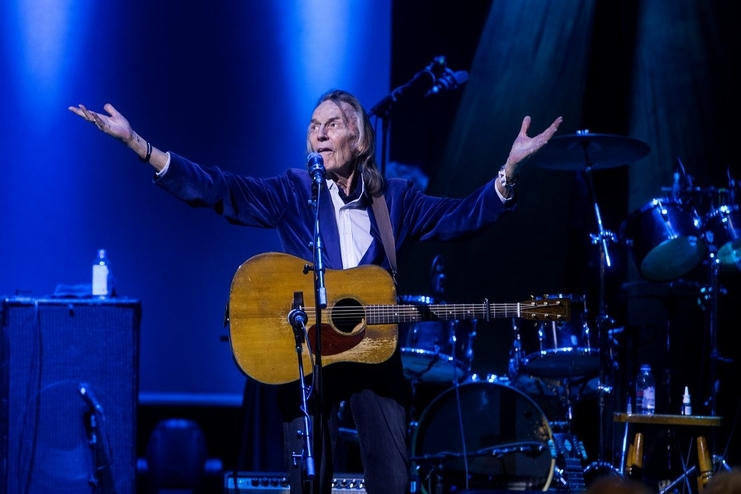 Gordon Lightfoot performs at Massey Hall in Toronto on July 1, 2018. He's had to cancel his September concert at the Aitken Centre in Fredericton as he recovers from a broken wrist.