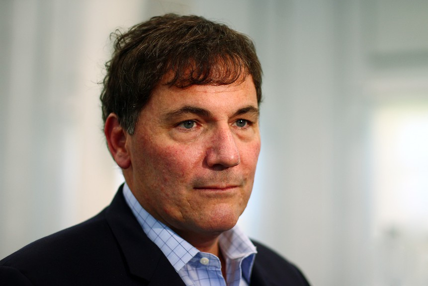 Dominic LeBlanc says the federal Liberals are not considering an election call, even though they are in the same position as Premier Blaine Higgs who continues to contemplate the idea.
