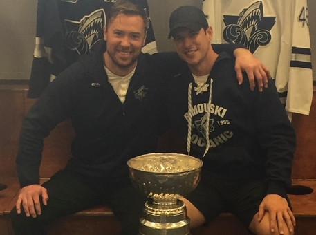 Former Rimouski Oceanic teammates and longtime friends Eric Neilson, left, and Sidney Crosby remain good friends to this day. Crosby, in his 16th NHL season, recently played his 1,000th NHL regular season game with the Pittsburgh Penguins. Neilson sent a personal message congratulating the Penguins superstar.