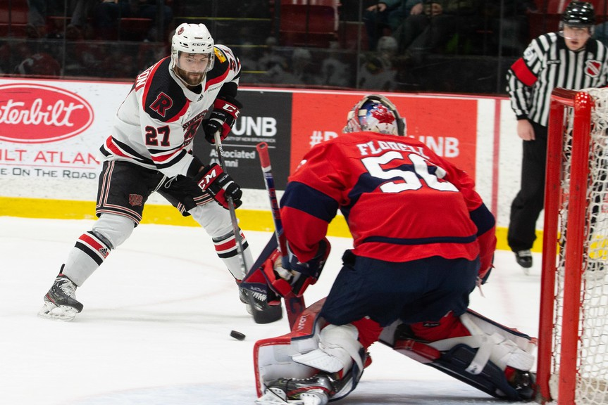UNB Reds winger Stephen Anderson has signed a contract with the Florida Everblades of the ECHL. He played five seasons with the Reds and won three U Sports national championships in his time at UNB.