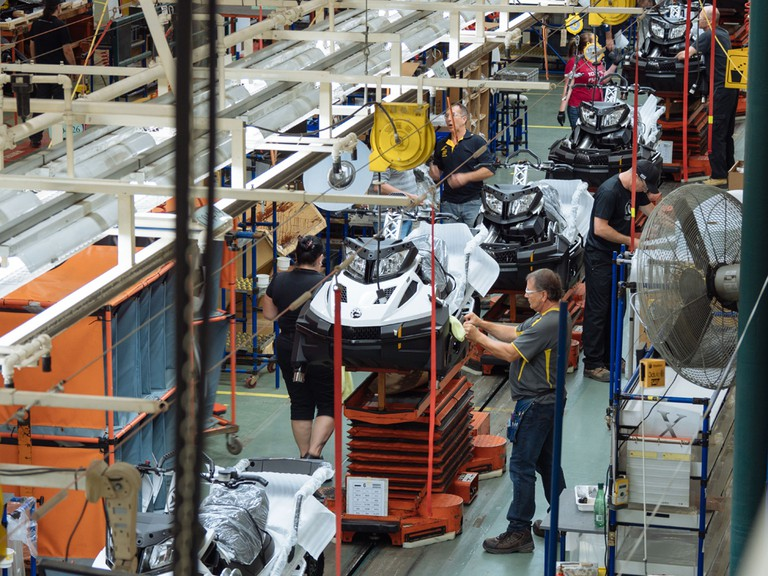 The decline of North American manufacturing is just one of the negative repercussions of globalization, argues Marshall Auerback.