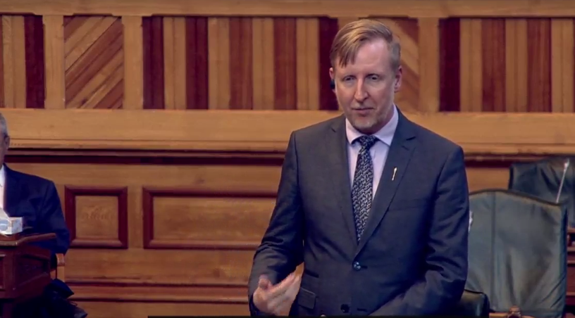 Education Minister Dominic Cardy said on Twitter that he had been less active over the past month while recovering from a concussion.