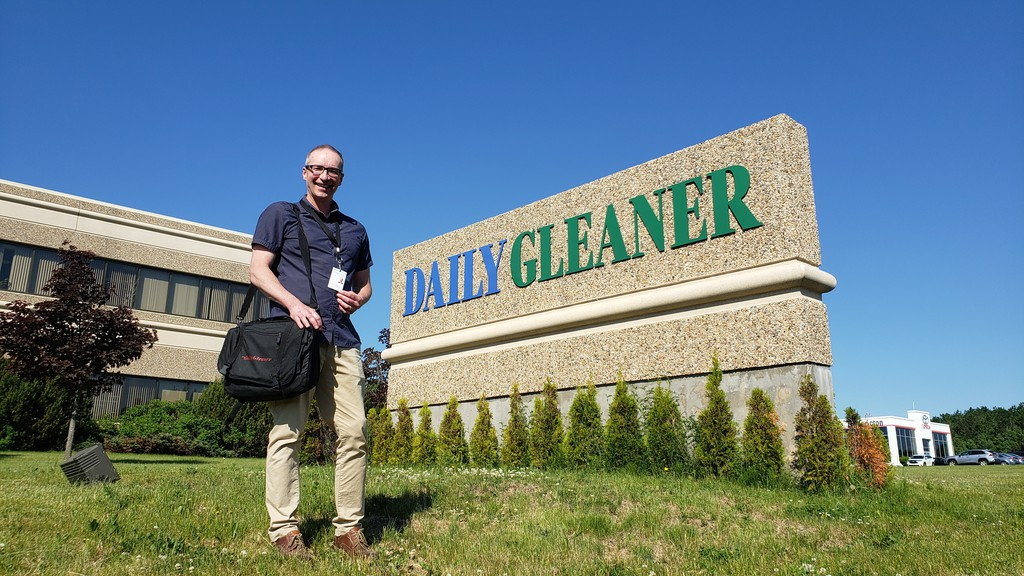 Daily Gleaner reporter Bruce Hallihan has been named the 2020 winner of the Fred Sgambati Award, a national honour presented to a member of the media who has contributed to the development and growth of university sports in Canada.