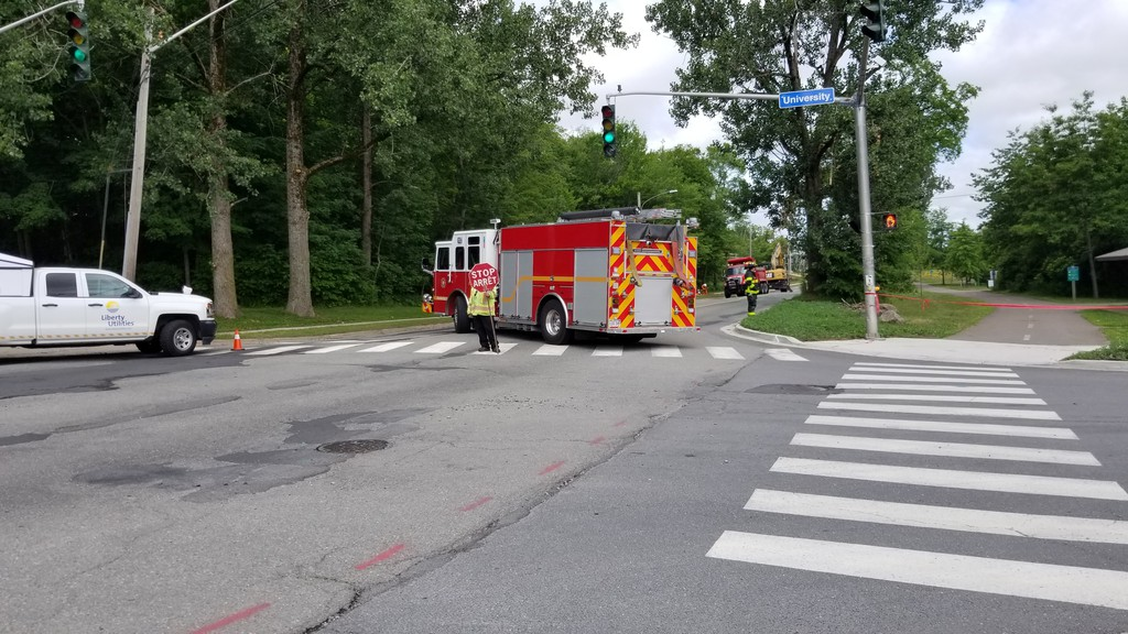 A gas leak along Beaverbrook Street resulted in it being closed between Windsor Street and University Avenue on Friday morning.