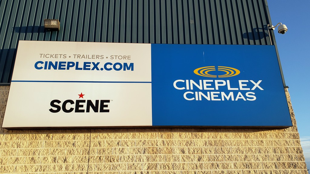 It's unclear yet just what impact a blockbuster new distribution deal between a major American movie theatre chain, and a big studio will have on movies theatres in Canada.